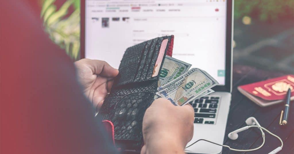 hogyan lehet pénzt keresni a weboldalakon kereskedési terminálok kereskedési opciókhoz