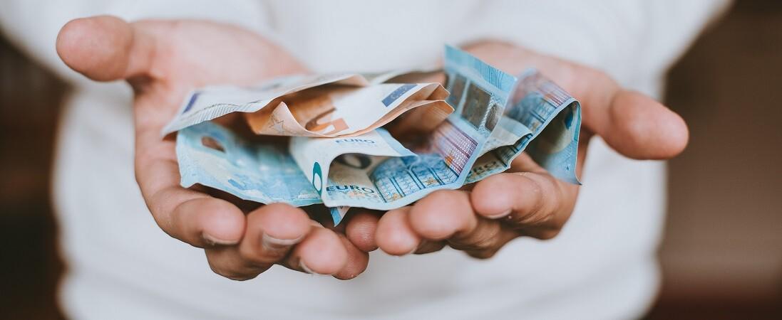 hogyan lehet pénzt keresni jövedelemmel bináris opciók és tőzsdei összehasonlítás