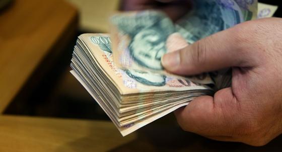 honnan keress becsületes pénzt)