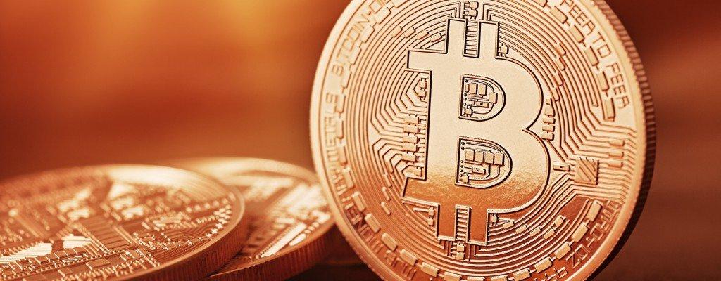 kövér bitcoin)