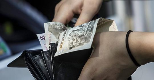 dolláros kereset az interneten)
