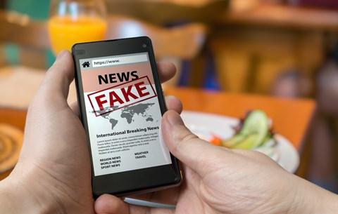 Legyél Sherlock! A Facebook segít nyomozni a marketingeseknek