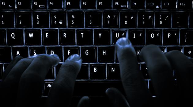 pénzt keresni hacker)