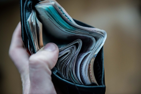 milyen könnyű pénzt keresni a kötetemben)