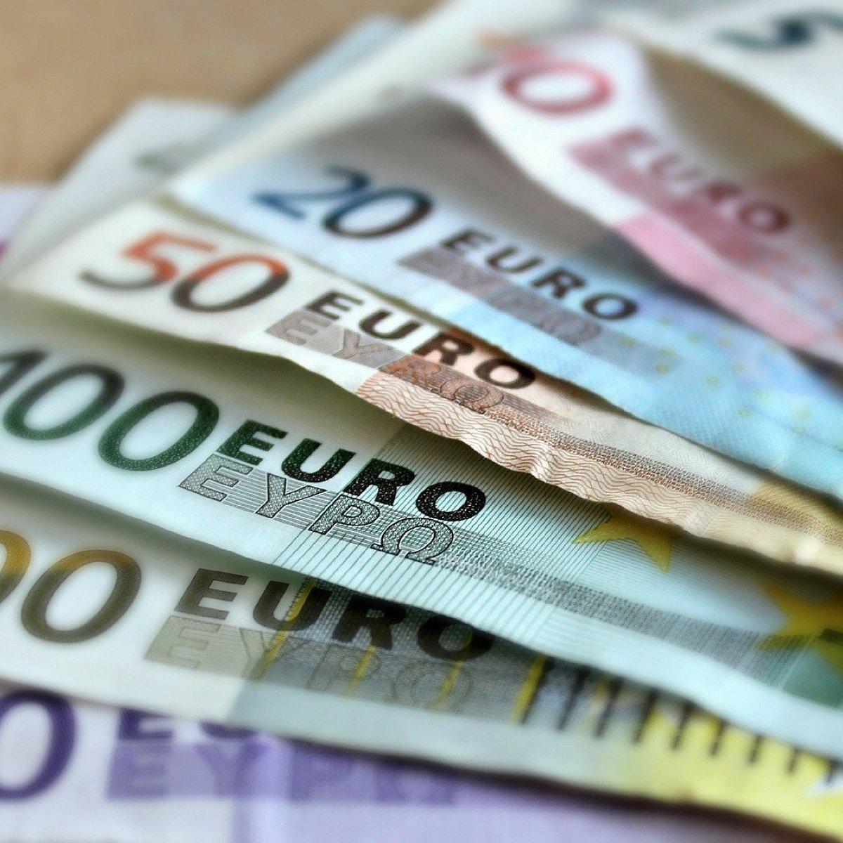 hogyan lehet bevallani az internetes jövedelemből származó pénzt)