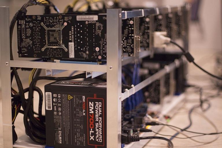 bitcoin bányász bányászat és kereső bitcoin