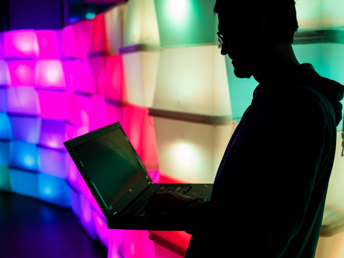 hacker internetes bevételek
