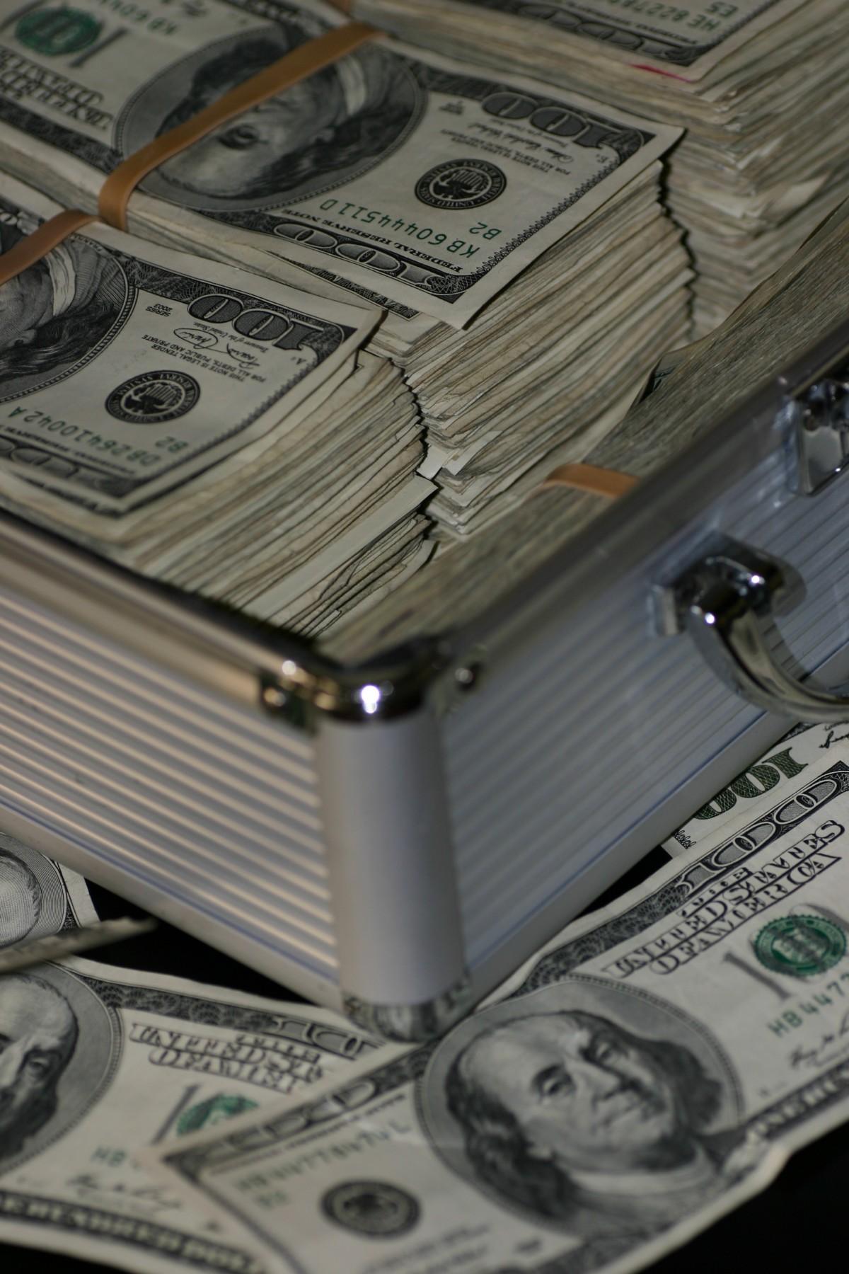 Sokkoló számok: csak ennyit kell félretenned, ha elit nyugdíjat akarsz