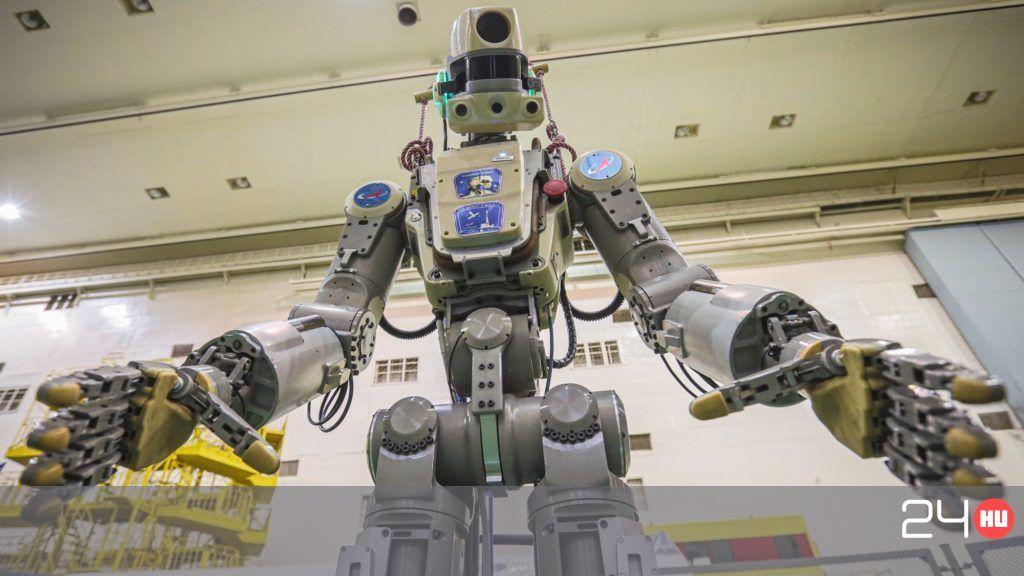 Robotkutya vigyázza a bevásárlóközpont látogatóit (videó) | BEOL