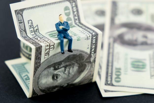 kereskedéssel lehet pénzt keresni?)
